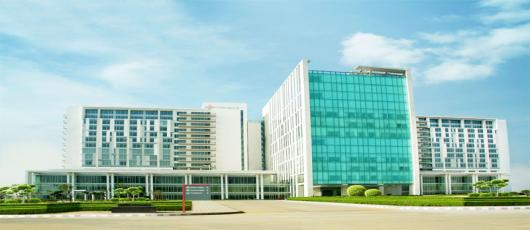 Medanta Hospital Gurgaon Delhi India